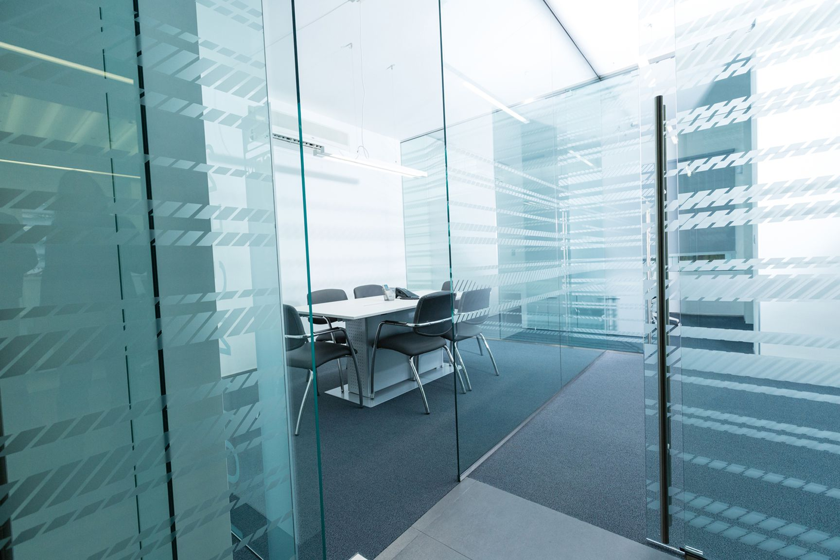 creare sale riunioni o uffici dividendo il tutto con pareti ... - Pareti Vetrate Uffici